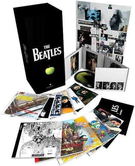 Os 13 álbuns dos Beatles remasterizados e em capas que ilustram fielmente os vinis lançados na década de 60.